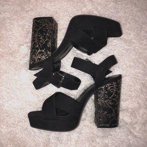 Shoes - Black & gold heels
